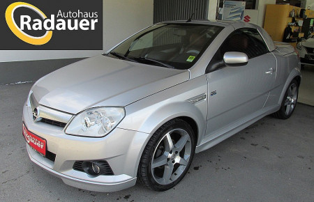Opel Tigra TwinTop 1,4 16V Design Edition bei Autohaus Radauer in