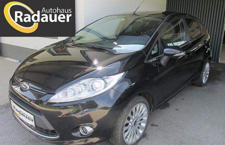 Ford Fiesta Titanium 1,6 TDCi DPF bei Autohaus Radauer in