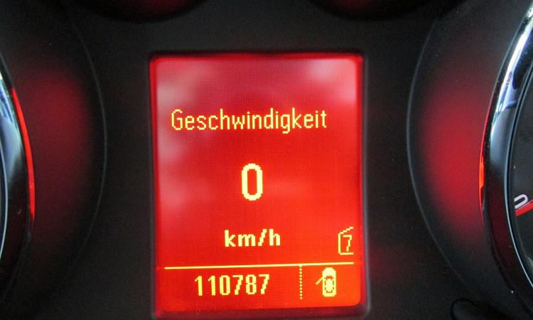 93917_1406427174441_slide bei Autohaus Radauer in