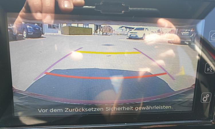 87629_1406419040993_slide bei Autohaus Radauer in