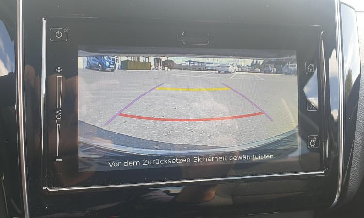 95197_1406430377357_slide bei Autohaus Radauer in