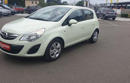 Opel Corsa 1,3 CDTI Edition DPF bei Autohaus Radauer in