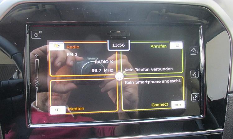 96053_1406431440269_slide bei Autohaus Radauer in