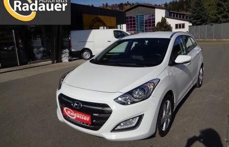 Hyundai i30 CW 1,6 CRDi Business Class bei Autohaus Radauer in