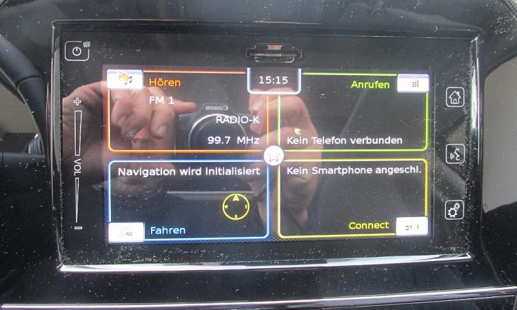 96833_1406432991365_slide bei Autohaus Radauer in
