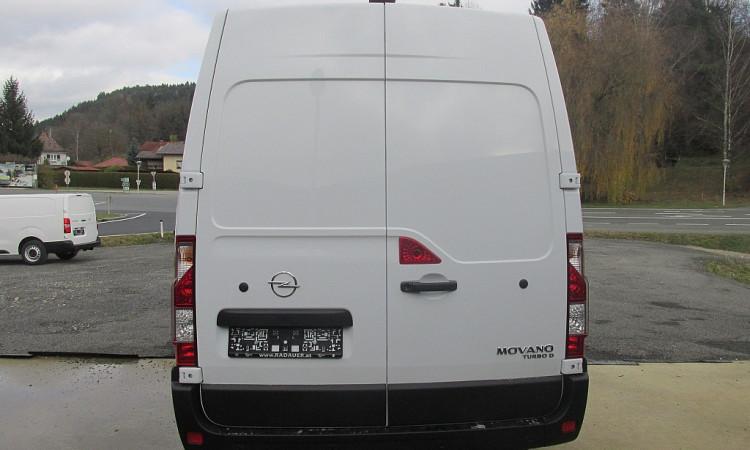 97371_1406433990857_slide bei Autohaus Radauer in