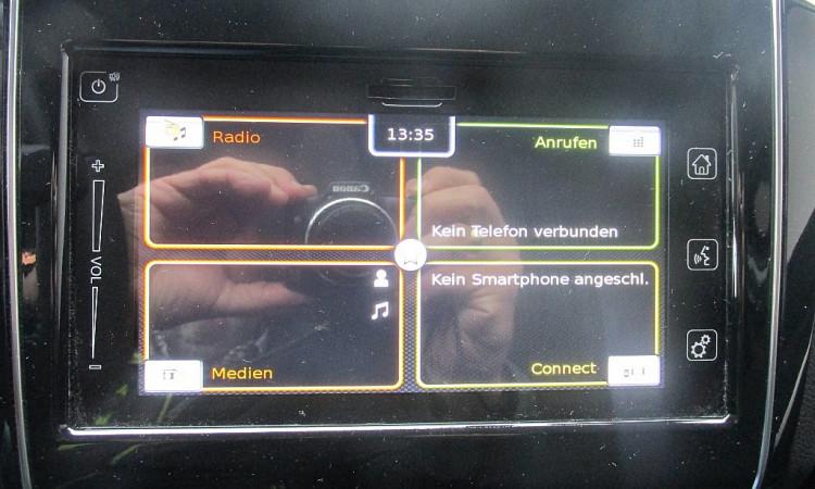 97588_1406434172915_slide bei Autohaus Radauer in