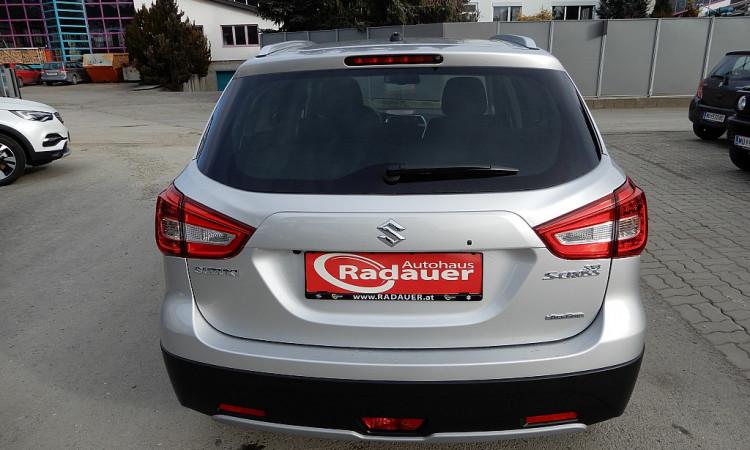 98880_1406438280935_slide bei Autohaus Radauer in