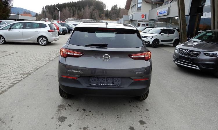 100016_1406442225413_slide bei Autohaus Radauer in