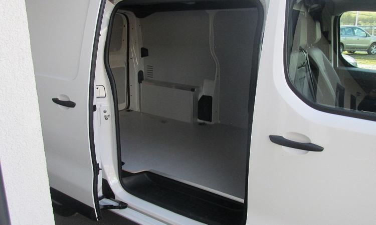 100112_1406440958607_slide bei Autohaus Radauer in