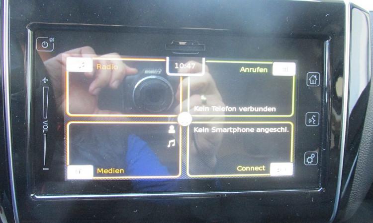 100259_1406441279867_slide bei Autohaus Radauer in