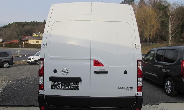 101295_1406444465329_slide bei Autohaus Radauer in