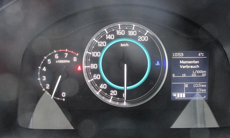 101557_1406445036621_slide bei Autohaus Radauer in
