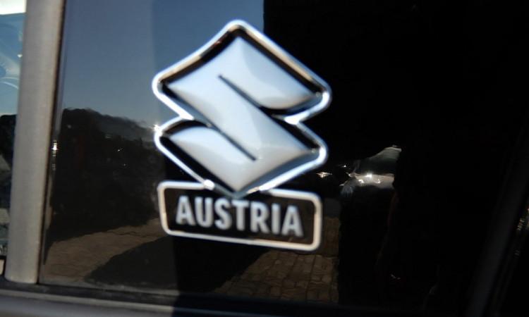 102146_1406448798685_slide bei Autohaus Radauer in