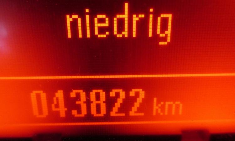 103324_1406457651467_slide bei Autohaus Radauer in