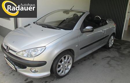 Peugeot 206 CC Black & Silver Edit. 1,6 16V Aut. bei Autohaus Radauer in