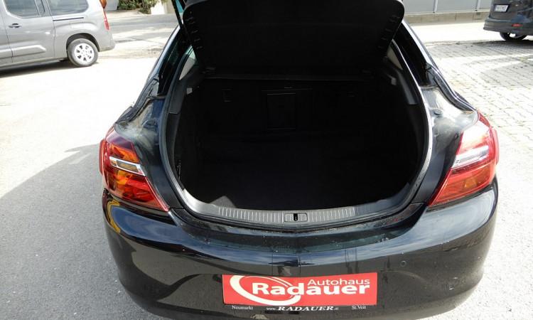 103993_1406460021407_slide bei Autohaus Radauer in