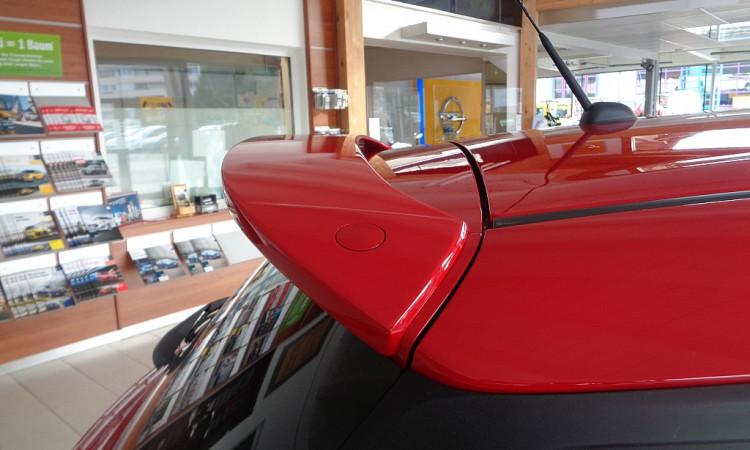 104333_1406461411609_slide bei Autohaus Radauer in
