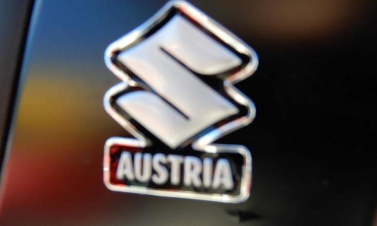 104579_1406462142005_slide bei Autohaus Radauer in