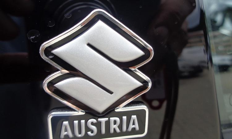 106101_1406467021227_slide bei Autohaus Radauer in