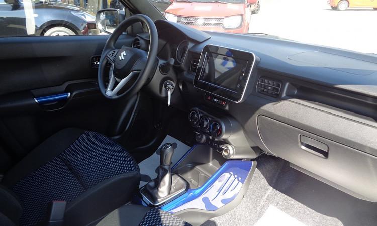 107067_1406472597855_slide bei Autohaus Radauer in