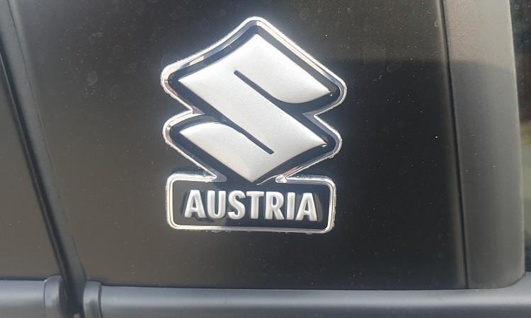 107135_1406472640313_slide bei Autohaus Radauer in