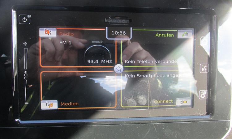 108237_1406478299031_slide bei Autohaus Radauer in