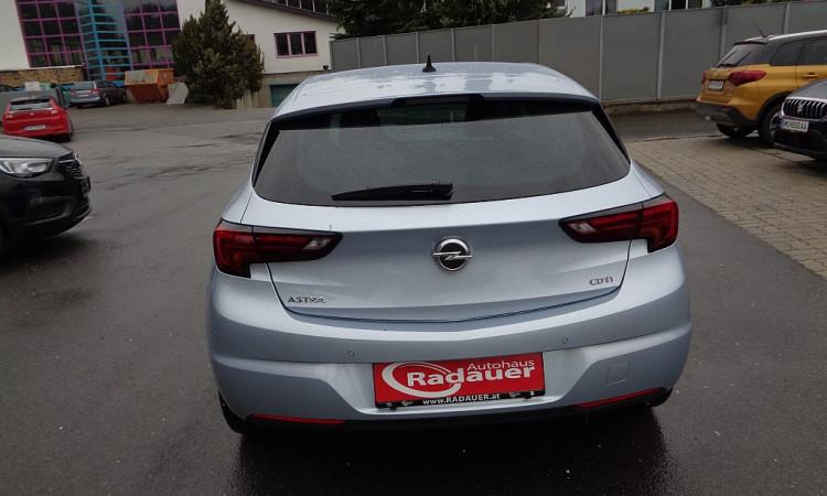 82056_1406420261709_slide bei Autohaus Radauer in