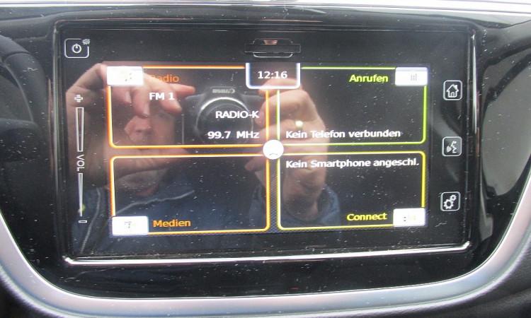 109432_1406484710478_slide bei Autohaus Radauer in