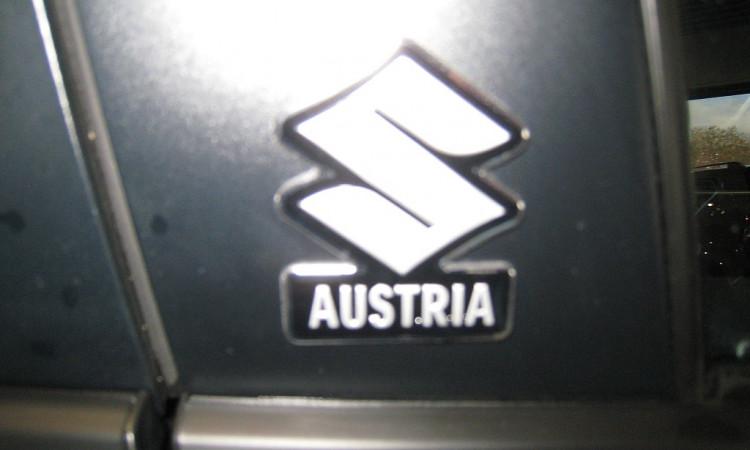 110551_1406484802719_slide bei Autohaus Radauer in