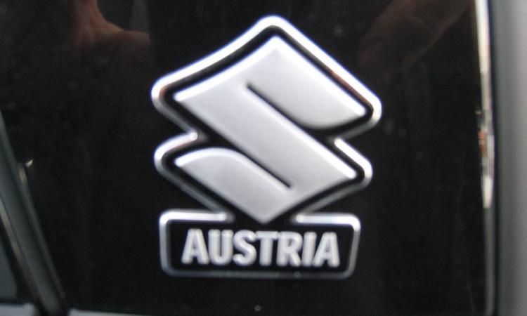 110880_1406484798979_slide bei Autohaus Radauer in