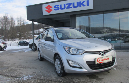 Hyundai i20 1,25 Life bei Autohaus Radauer in