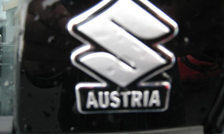 110398_1406484786526_slide bei Autohaus Radauer in