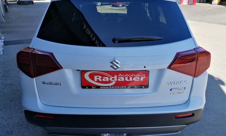 115011_1406493102275_slide bei Autohaus Radauer in