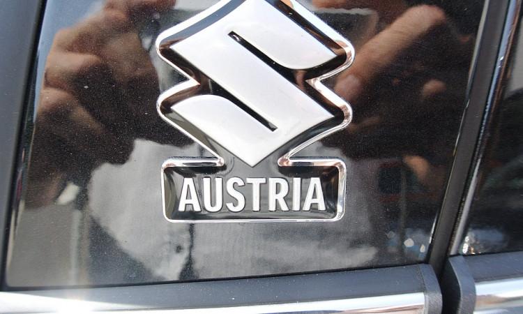 120896_1406502042716_slide bei Autohaus Radauer in