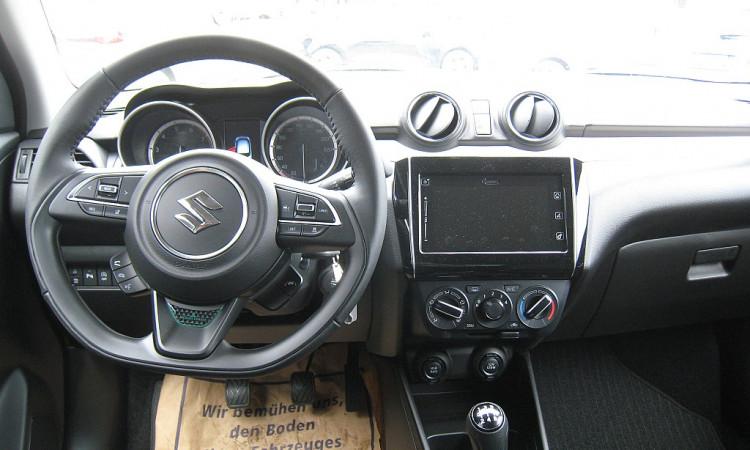 122599_1406505498096_slide bei Autohaus Radauer in